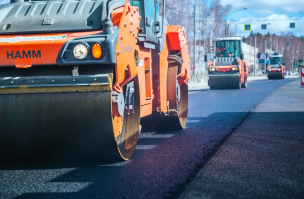 Стало известно, какие участки дорог отремонтируют в Петербурге в этом году