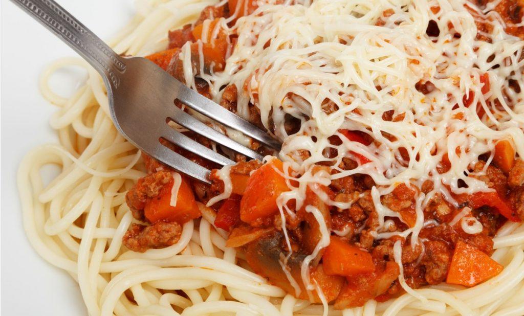 Регулярный отказ от обеда провоцирует опасные болезни