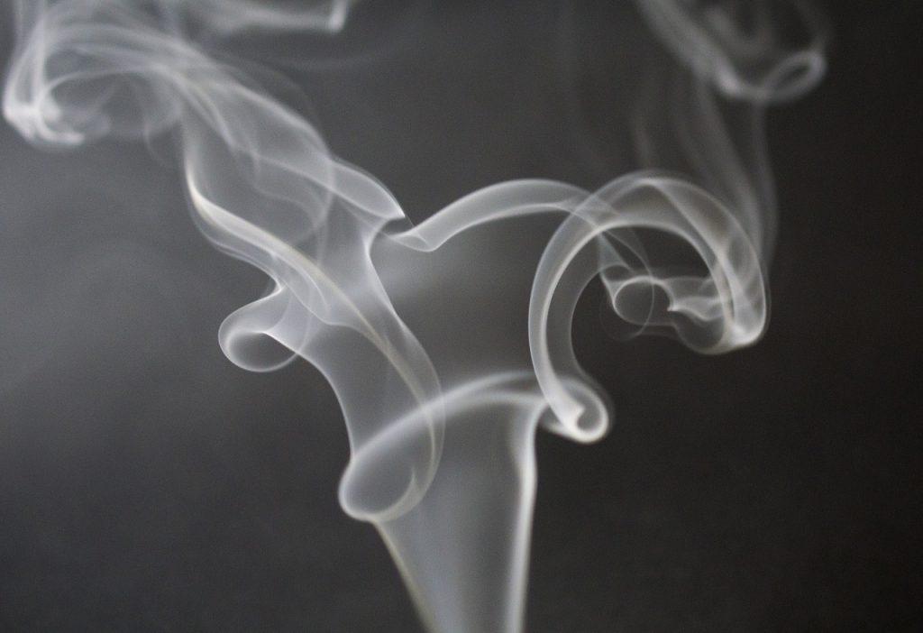 Купить сигарет в спб розница импортные сигареты купить в москве в розницу магазины