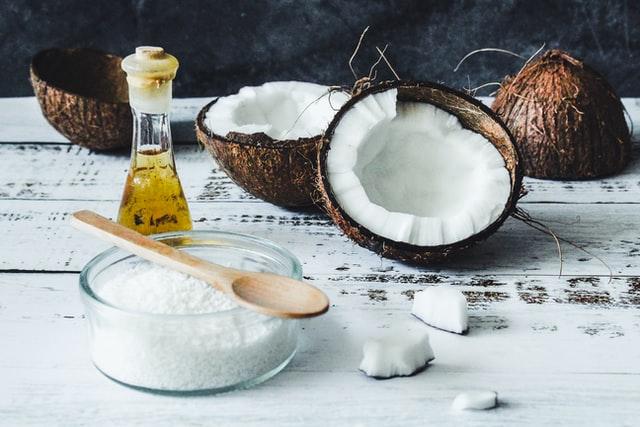 Кокосовое масло оказалось полезным при лечении коронавируса