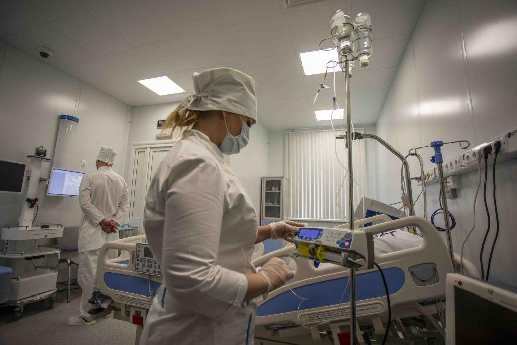 В Петербурге количество коек увеличат еще на 2 тыс. для больных Covid-19