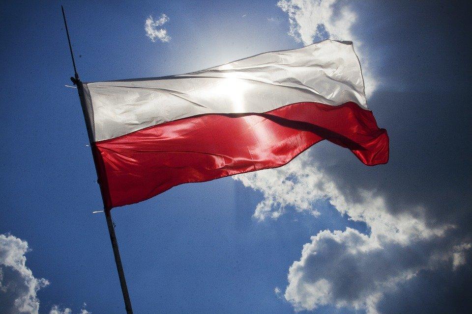В Польше с 28 декабря вводят общенациональный карантин из-за коронавируса