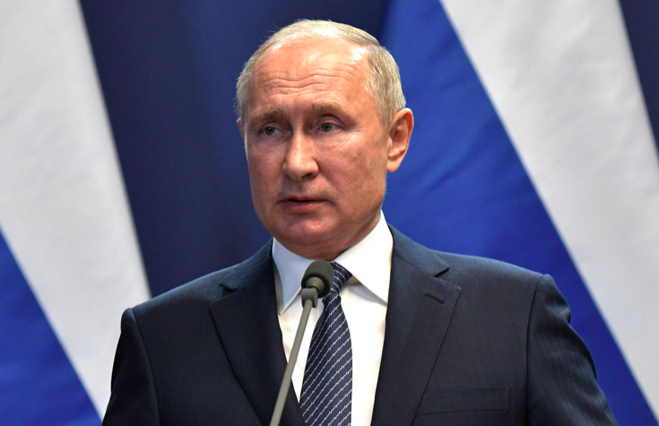 Путин рассказал, как ему удалось избежать заражения COVID