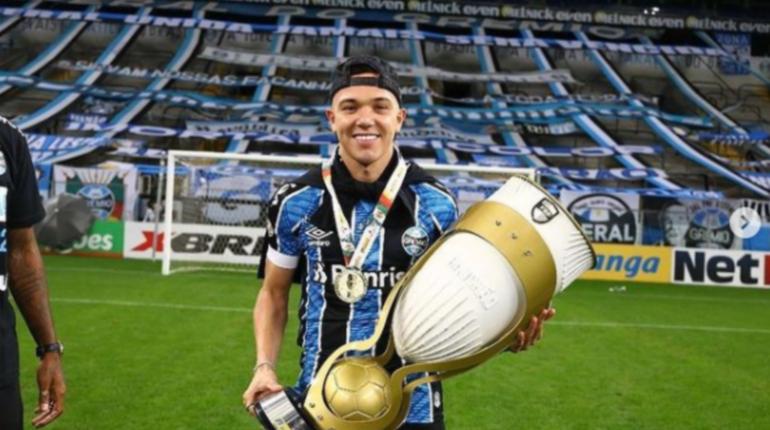 Футболист «Гремио» Пепе отказался от предложения «Зенита»