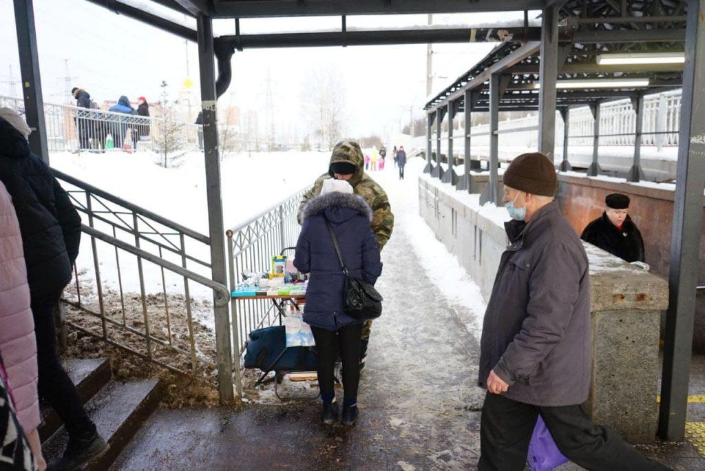 Виталий Милонов: уличных рекламщиков с «матюгальниками» надо задерживать как митингующих