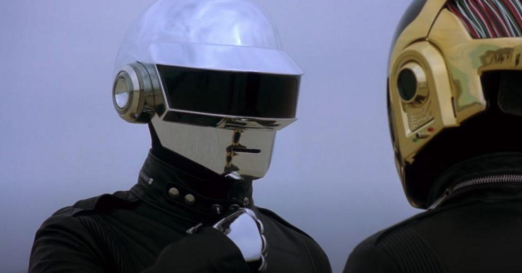 Дуэт Daft Punk сообщил о распаде после 28 лет существования