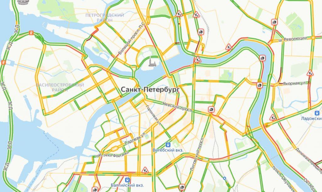Утром пятницы петербуржцы стоят в 6-балльных пробках