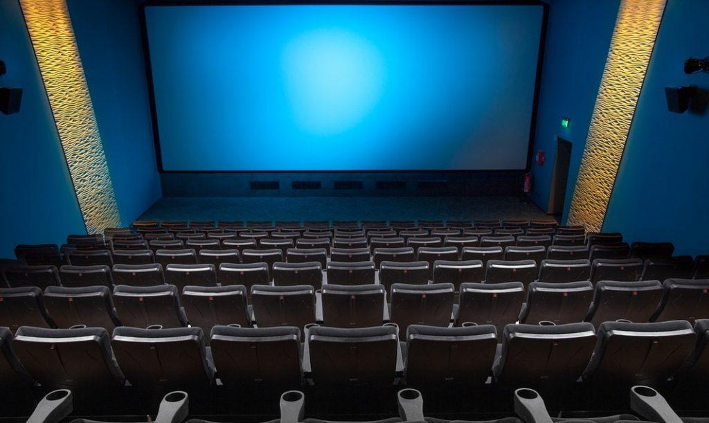 В Петербурге приостановили работу двух кинозалов за нарушения антиковидных требований
