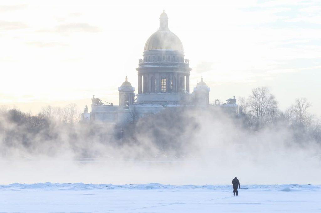 Климатолог объяснил, почему зима в России оказалась холодной