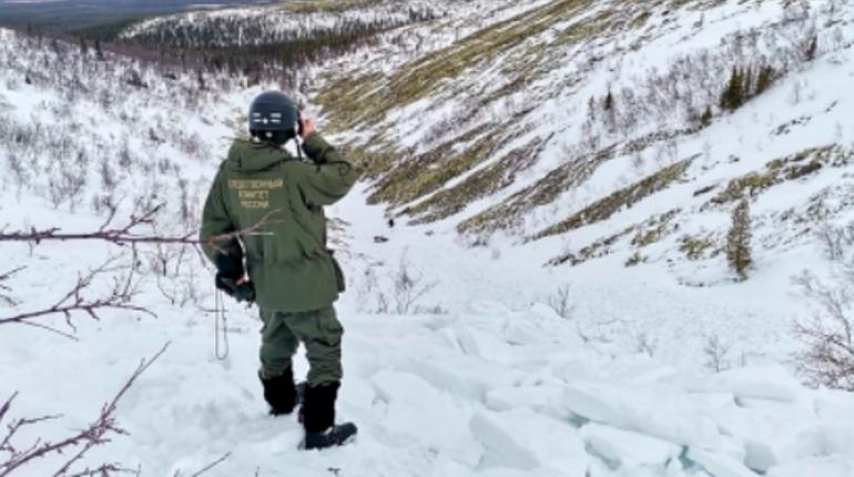 Смертельная лавина: педагога турклуба «Скиф», обвиняемый в гибели 12-летней петербурженки в Хибинах, отпущен из СИЗО