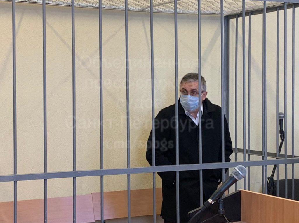 Чистосердечное признание и увольнение: новые подробности в деле нефролога-убийцы в Петербурге