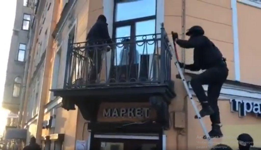В Петербурге полицейские пресекли деятельность пяти веб-кам студий