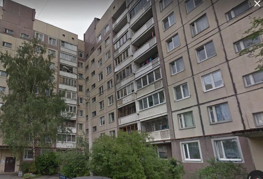 На Будапештской мужчина ударил ножом соседа в живот