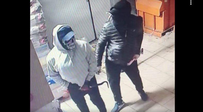Полиция задержала приезжих из Закавказья, грабивших магазины с табаком в Петербурге и Ленобласти