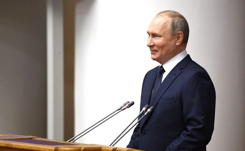 Путин заявил, что ему «плевать» на блокировки в интернете