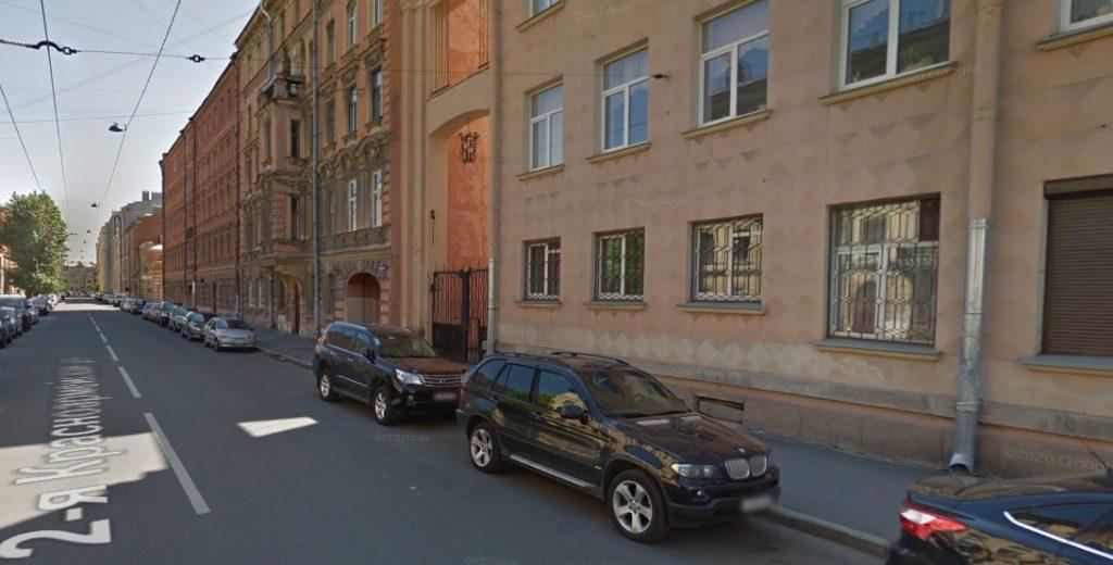 Студент лишился Audi средь бела дня в центре Петербурга