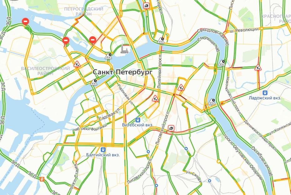 В Петербурге собрались 4-балльные пробки в пятницу утром