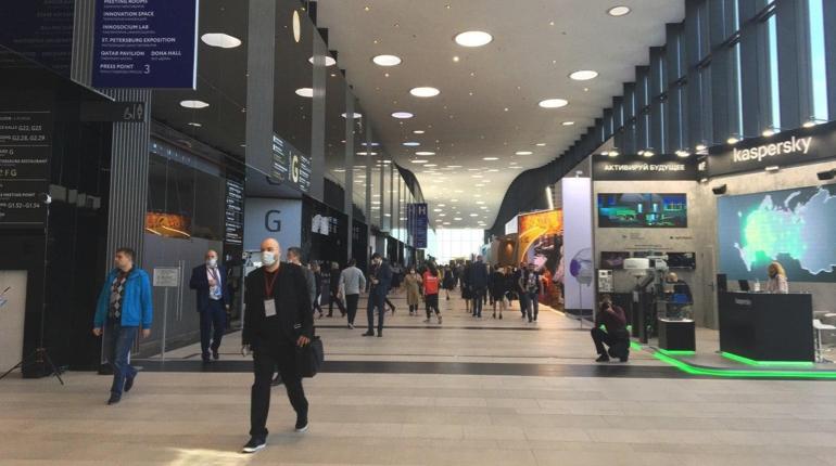 На ПМЭФ-2021 в Петербурге заметили получившего условный срок экс-главу «Центра контроля качества» Ростислава Шипицына