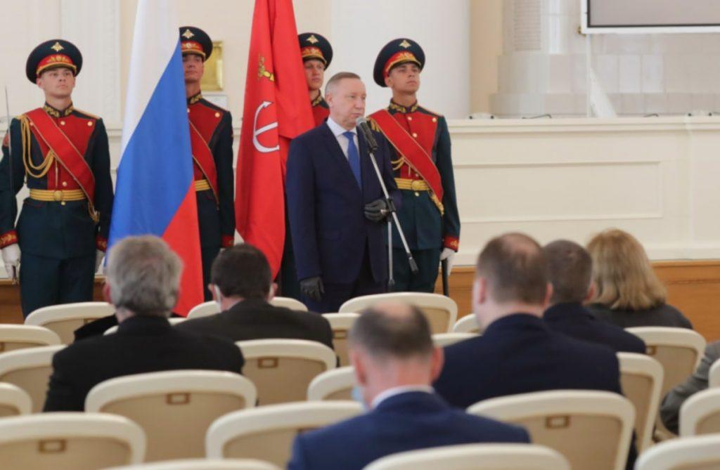 Беглов вручил госнаграды директорам ГМЗ «Петергоф» и Юсуповского дворца