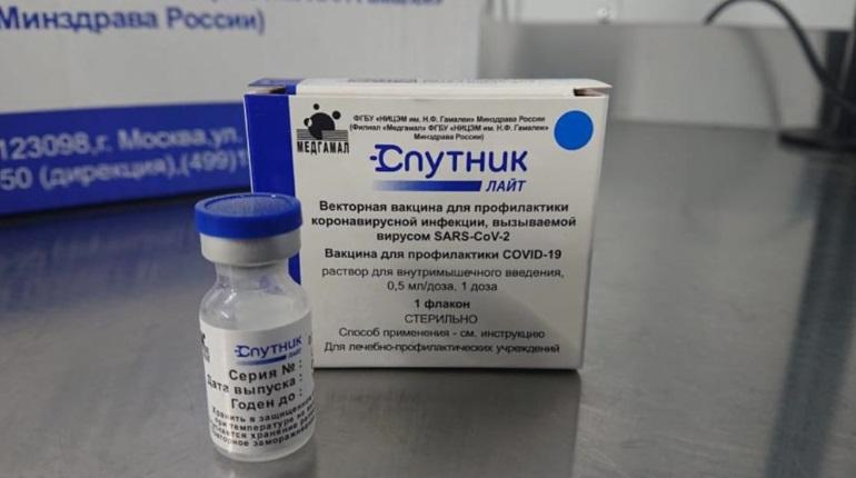 Сочетание вакцин «Спутник Лайт» и AstraZeneca показало эффективность против COVID-19