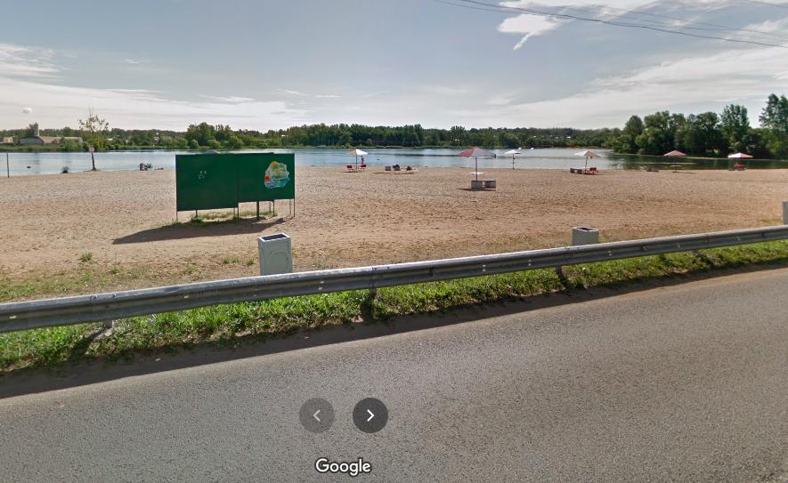 Возле кафе «Шаверма» на пляже в Красном Селе хулиган с ружьем угрожал женщине