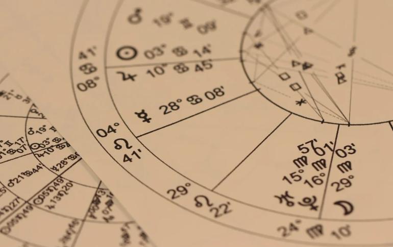Четыре знака Зодиака, которым повезет в любви в сентябре