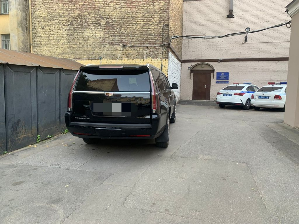 В Петербурге задержали водителя «Кадиллака», который сбил детей на Лиговском проспекте