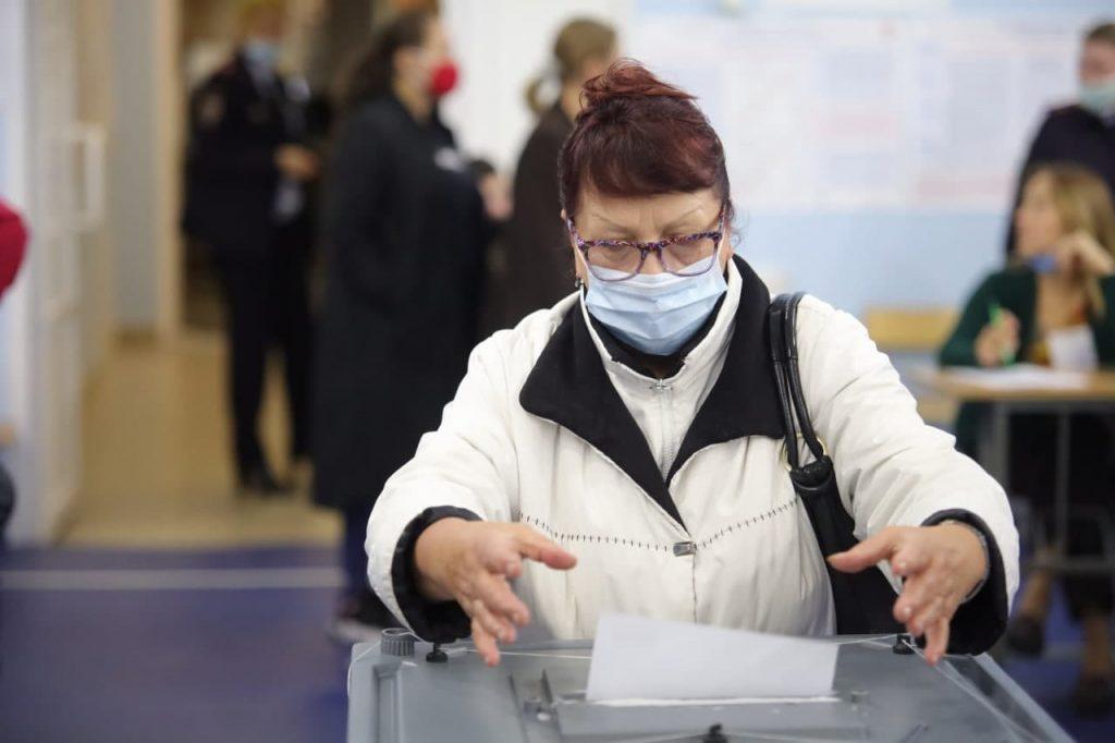 В Петербурге выборы проходят без нареканий, но случаются форс-мажоры