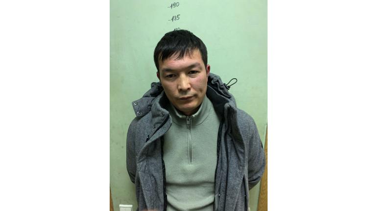 В Петербурге сантехник-похититель брызнул в клиента из газового баллончика