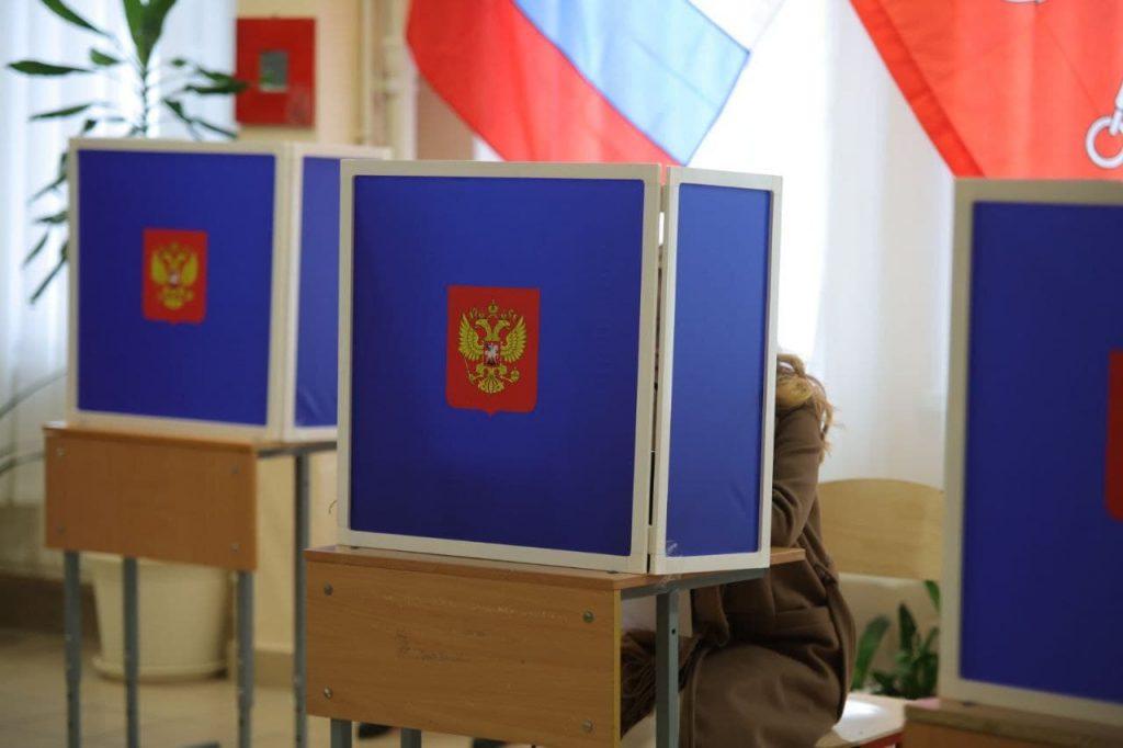 Избирательные бюллетени с трех участков в Петербурге признали недействительными