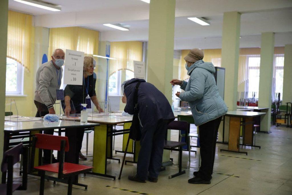 Горизбирком Петербурга озвучил итоговую явку на выборы в Госдуму и ЗакС