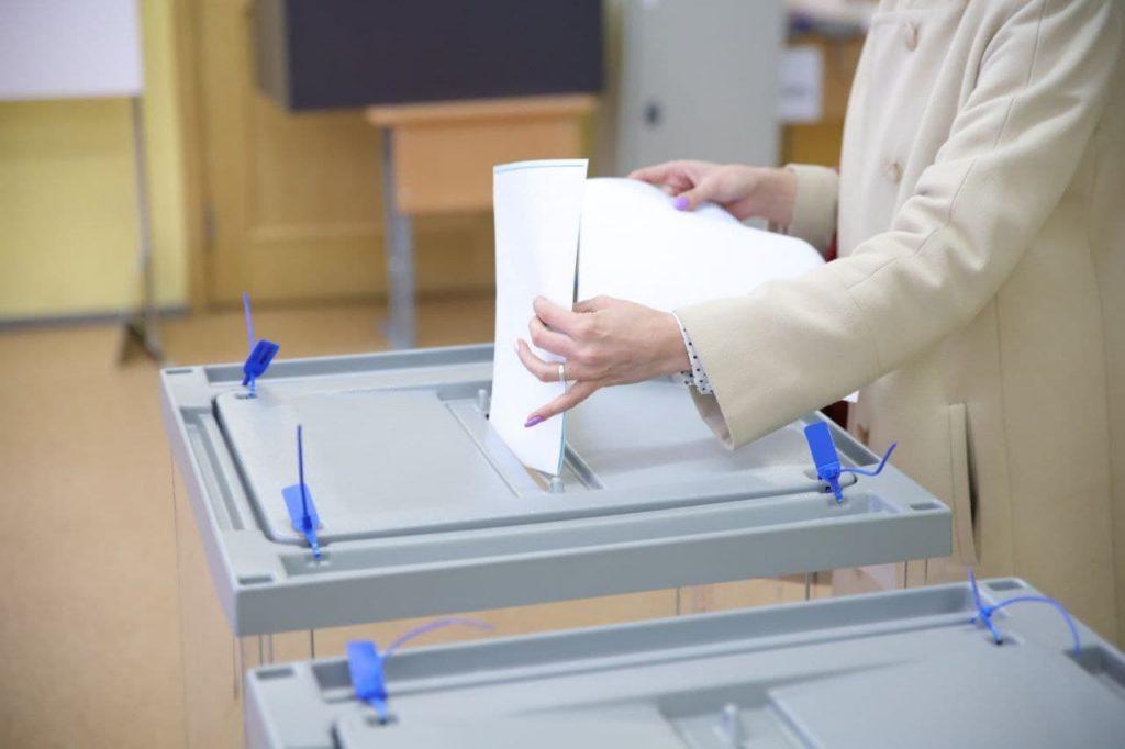 В Петербурге нет случаев вброса бюллетеней на выборах