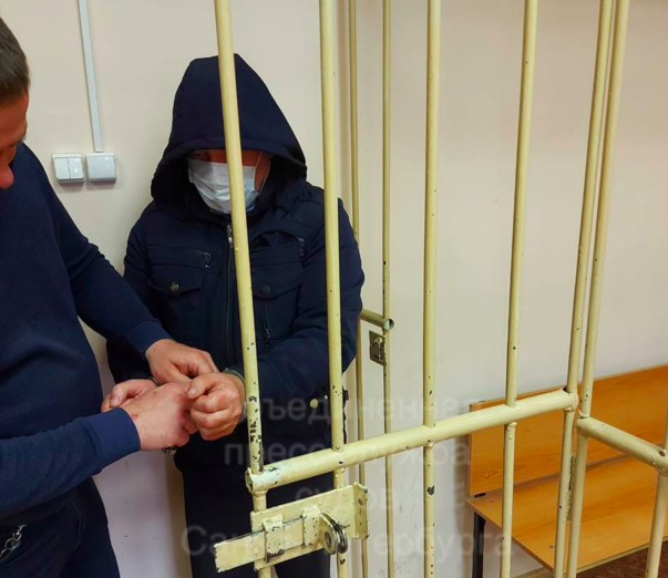 Контролера из Петербурга, взявшего кредит на заказное убийство жены, отправили в СИЗО