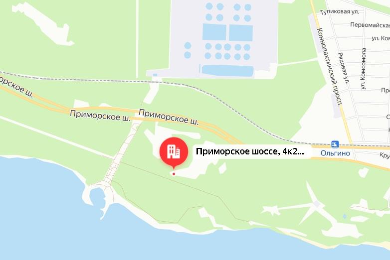 В Приморском районе загорелась деревянная пристройка